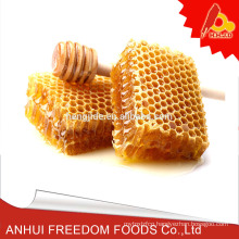 Natural queen bee comb honey