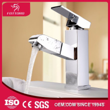 Bathroom basin mixer pull out faucet