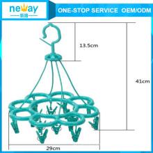 Elegant Appearance Cinquefoil Plastic Hanger