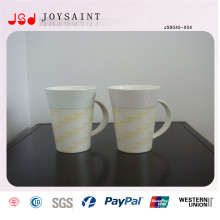 V forma taza de porcelana con mango