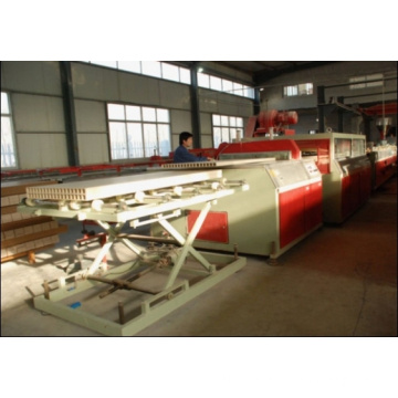 2014 PVC WOOD PLASTIC DOOR BOARD DUCTION LINE / WPC HOLLOW BOARD MACHINE