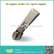 factory price metal nylon zipper sliders with zipper puller for bag, luggage accessories