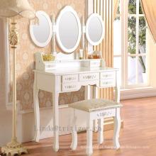 A madeira branca de 3 partes compõe 3 tabela do armário da vaidade do espelho e tamborete ajustados com 7 gavetas