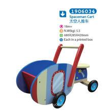 Carrinho de madeira ao longo do carrinho para crianças para crianças