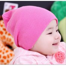 Chapeau en tricot en coton plissé à la mode