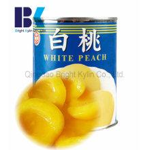 Jeder liebt den gelben Pfirsich in Sirup