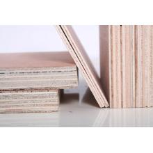 Contreplaqué brut pour meubles de bonne qualité