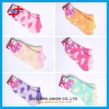 Chaussettes de chevauchée de fille mignonne et douce de fille chaude Logo personnalisé à bas prix