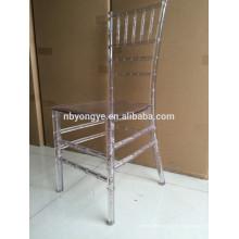 Cadeira chiavari de resina de cristal monocromático