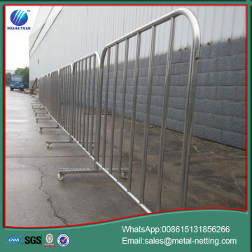 traffic temporary barrier crowd control barriers