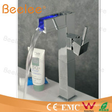 Hydropowered LED Badezimmer Wasserhahn Waschtischmischer