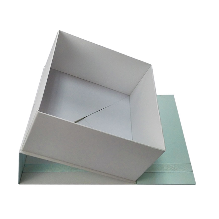 Luxury Cosmetic Packaging Box with Ribbon