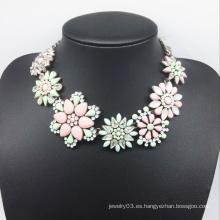 Collar de diamante colorido de flor grande de resina (XJW13775)