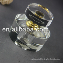 Beautiful Arabic crystal perfume bottle for royal decoration