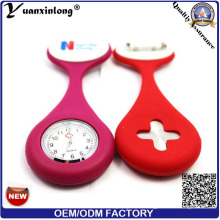 Yxl-290 Fashion New Design Mini reloj de bolsillo de enfermería Japón Movt reloj de bolsillo de cuarzo Wholesale OEM Factory Brooch Nurse Watches
