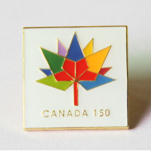 Custom Canada Brooches Pin with Flower