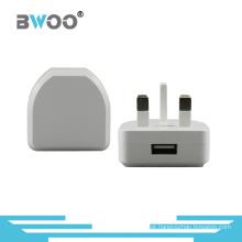 Único carregador de energia USB carregador de viagem com ficha do Reino Unido