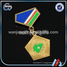 Insigne de médaille en alliage de zinc à design gratuit pour différents événements sportifs