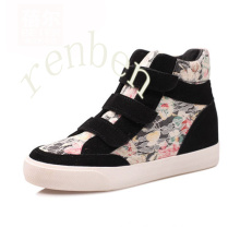 Hot Women′s Footwear Canvas Shoes