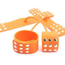 Cross Shape Silikon Handschellen für Sex Sklave Bdsm Sex Spielzeug für Paar