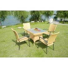Desenho colorido de jantar cadeiras e mesas de jantar