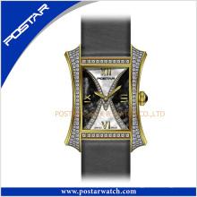 El reloj de diamantes más nuevo con números romanos Dial Unisex reloj de lujo resistente al agua