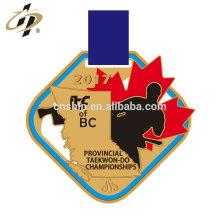 Diseño de venta caliente personalizar medallas de taekwon-do de corte de aleación de oro con esmalte