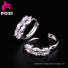 Brillant Gemstone Ring Type Conception de boucle d'oreille