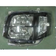 High Quality Toyota Hiace 2011 HID Head Lamp-black