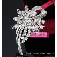 customized flower lefty breast brooch