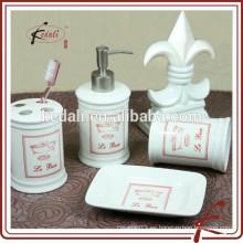 Moderno decorativo de venta caliente de baño de porcelana baño Set
