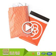 Imprägniern Sie starkes selbstklebendes T-Shirt, das kundenspezifisches Logo-Orange druckt, das Poly-Versandtaschen farbenreich ist