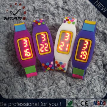 Silicona lisa LED reloj muchos colores, relojes de pantalla táctil digital