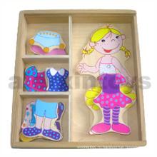 Деревянная одевающаяся девушка-бокс (80909)