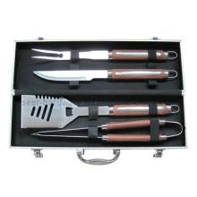 Équipement de barbecue 4PCS avec emballage en aluminium (SE4877)