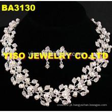 Conjunto de jóias de cristal em camadas em forma