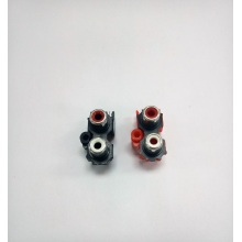 Couple RCA socket connectors