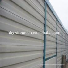 A fábrica fornece diretamente a barreira de ruído provisória de alumínio galvanizada alumínio da estrada do metal