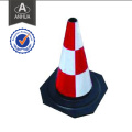 Verkehrssicherheitskegel wird für den Verkehr verwendet