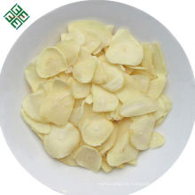 Raw spice dehydrated sliced garlic flakes manufacturer