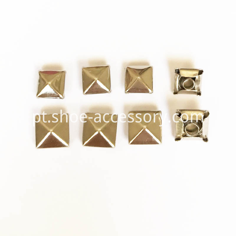 Pyramid Buttons Rivets