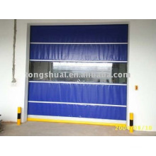 porta de PVC isolada alta
