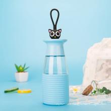 Belle bouteille d'eau en verre animale de 350ml avec la douille de silicone