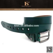 Cinturón de sash negro con presionar hebilla