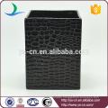 Black embossed ceramic desktop trash can