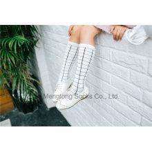Fashion Girl Stocking White Color Checker Pattern Model Dressing Cotton Stocking