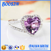 Anillo de plata de encargo del corazón de cristal púrpura 925 barato para la boda