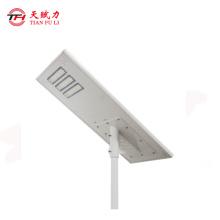 Farola solar led de alta calidad para exterior.