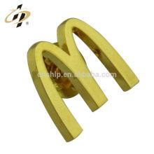 Fábrica al por mayor de alta calidad de encargo de la marca de metal logotipo de la empresa nombre insignia de pin de solapa