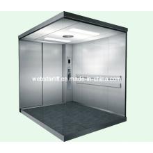 Ascenseur d'hôpital avec grand espace